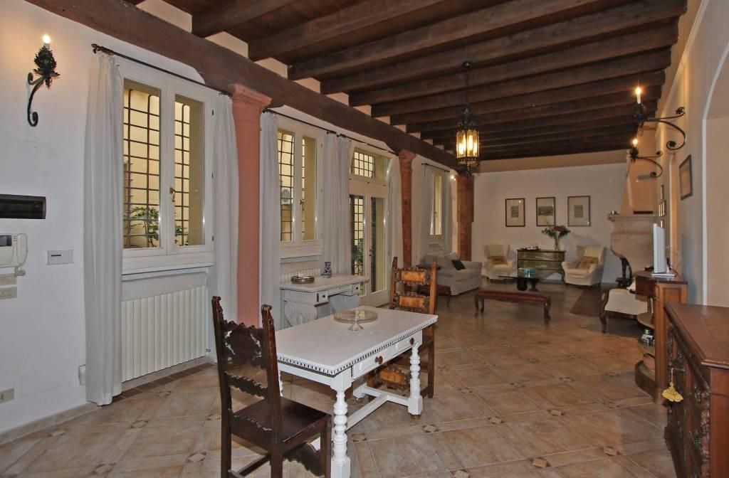 Appartamento in vendita Zona Centro Storico - via San Giorgio Bologna