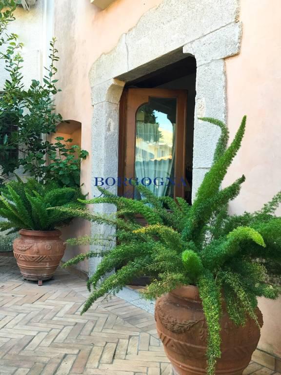 Villa in affitto a Itri, 4 locali, prezzo € 1.500 | CambioCasa.it