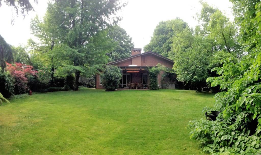 Villa in vendita a Reggio Emilia, 5 locali, Trattative riservate   PortaleAgenzieImmobiliari.it