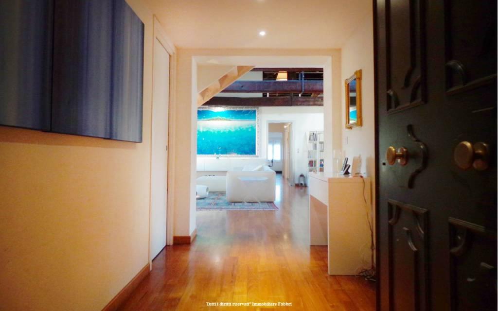 Appartamento in Vendita a Ferrara Centro: 5 locali, 240 mq
