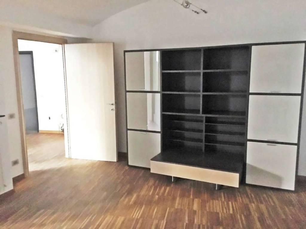Ufficio / Studio in affitto a Asti, 9999 locali, prezzo € 430 | CambioCasa.it