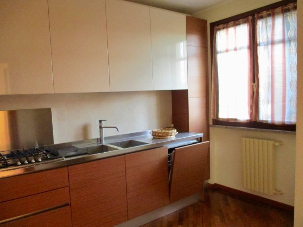 Appartamento in vendita a Pavia, 3 locali, prezzo € 185.000 | PortaleAgenzieImmobiliari.it