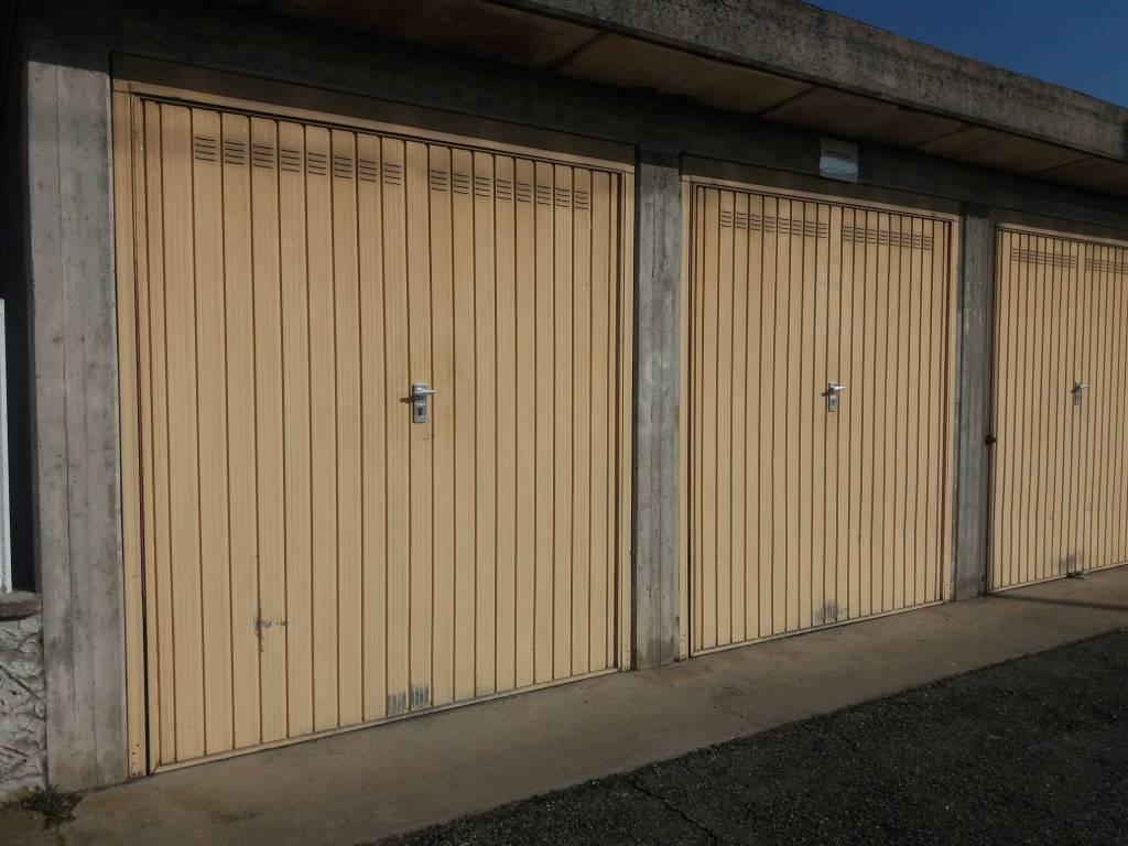 Foto 1 di Box / Garage via rovereto 9, Bosconero