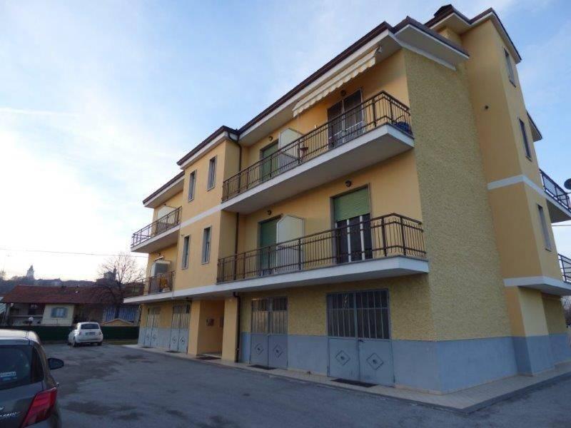Appartamento da ristrutturare in vendita Rif. 9194705