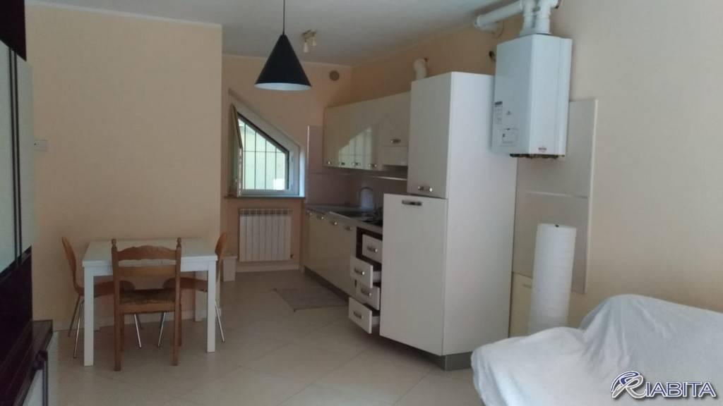 Appartamento in Affitto a Ponte Dell'Olio Centro: 2 locali, 60 mq