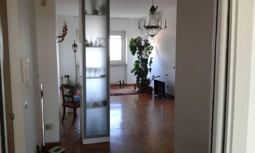 Appartamento in affitto a Alessandria, 5 locali, prezzo € 500 | CambioCasa.it