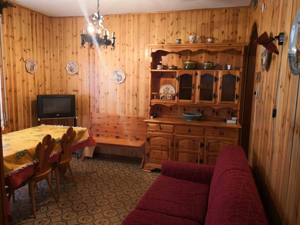 Appartamento in vendita a Aprica, 4 locali, prezzo € 74.000 | CambioCasa.it