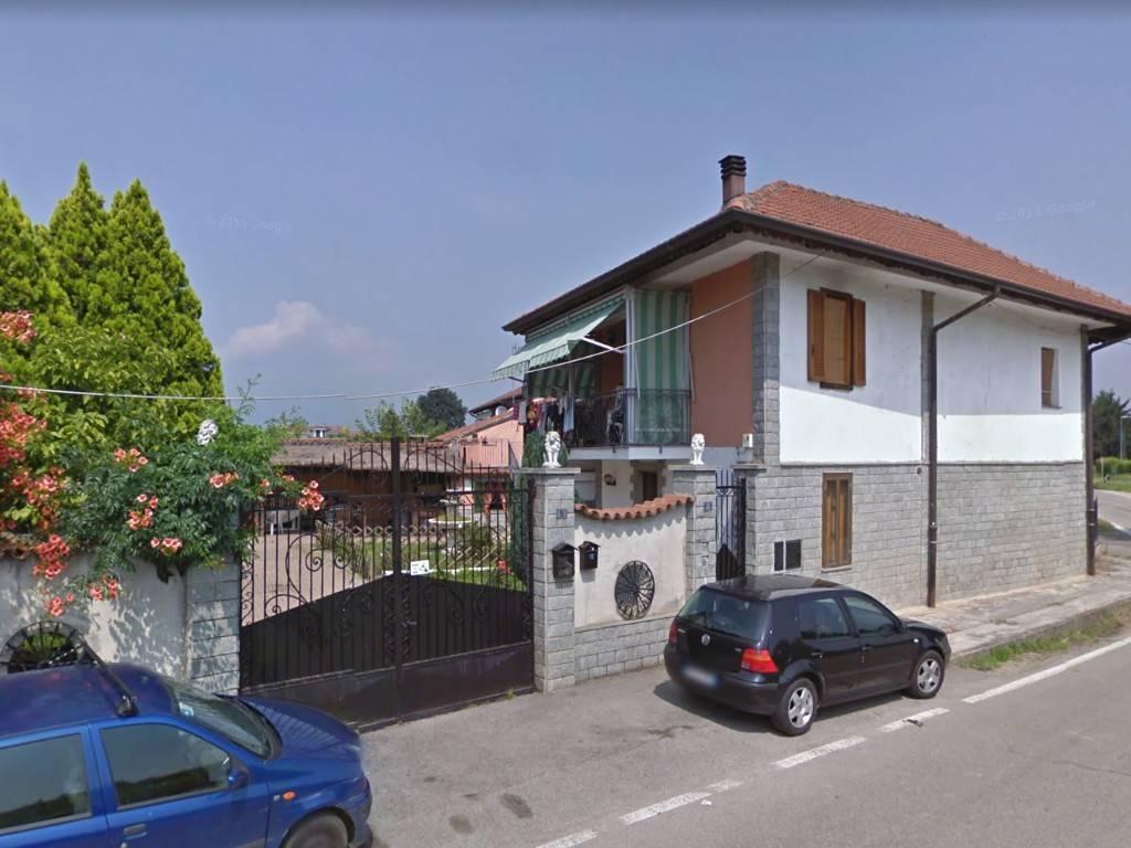 Appartamento in vendita a Airasca, 4 locali, prezzo € 85.000 | CambioCasa.it