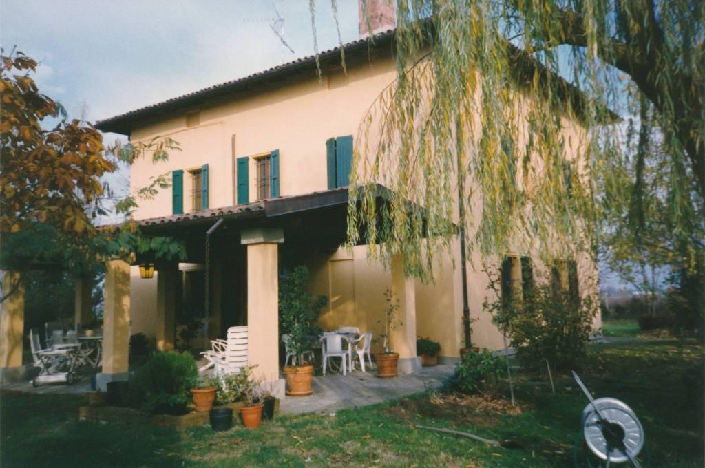 Foto 1 di Villa via Chiesa 3, Sala Bolognese