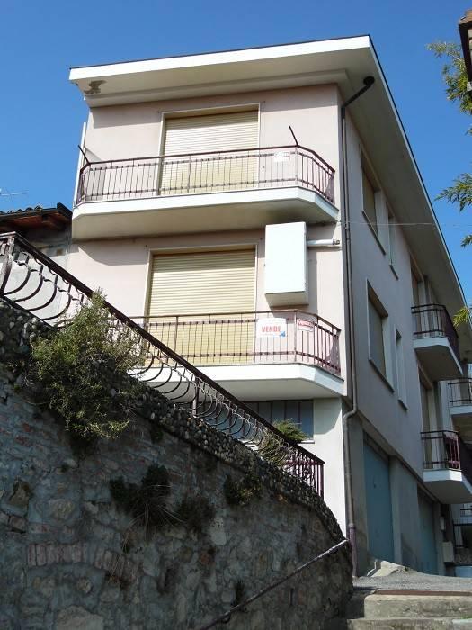 Foto 1 di Villa via Roma, Serralunga Di Crea
