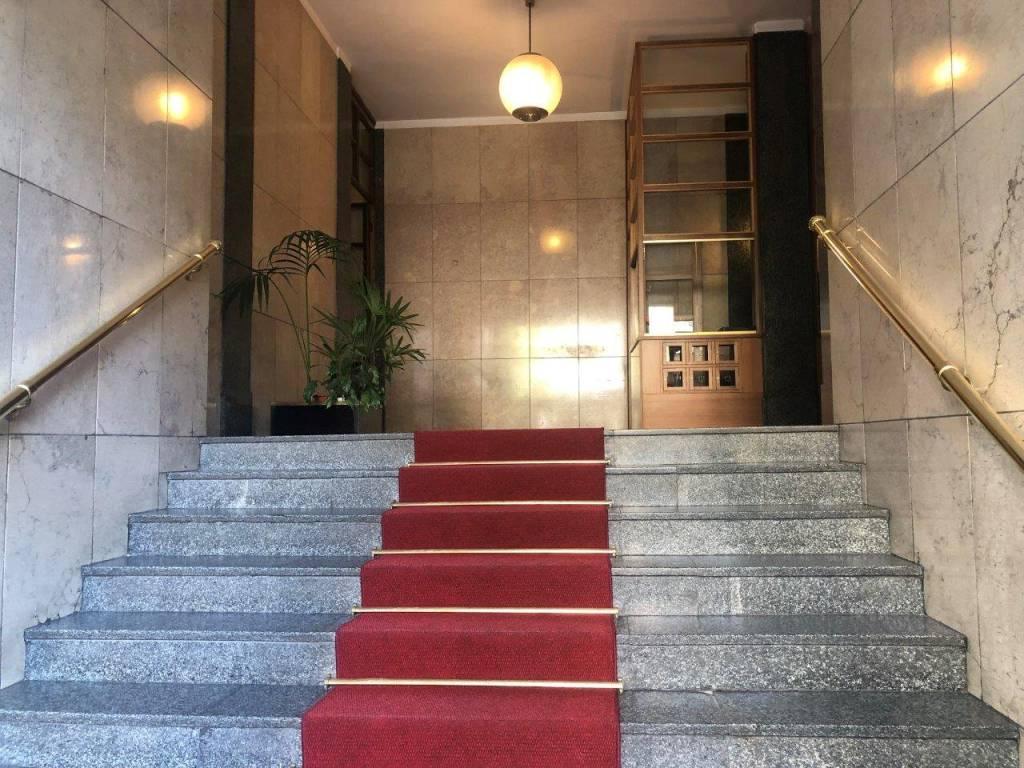Ufficio-studio in Affitto a Milano 01 Centro storico (Cerchia dei Navigli): 2 locali, 110 mq