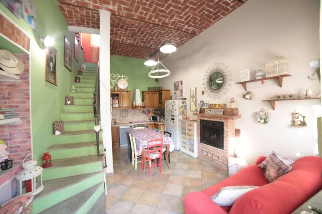 Foto 1 di Villa via del Porto 113, Carmagnola