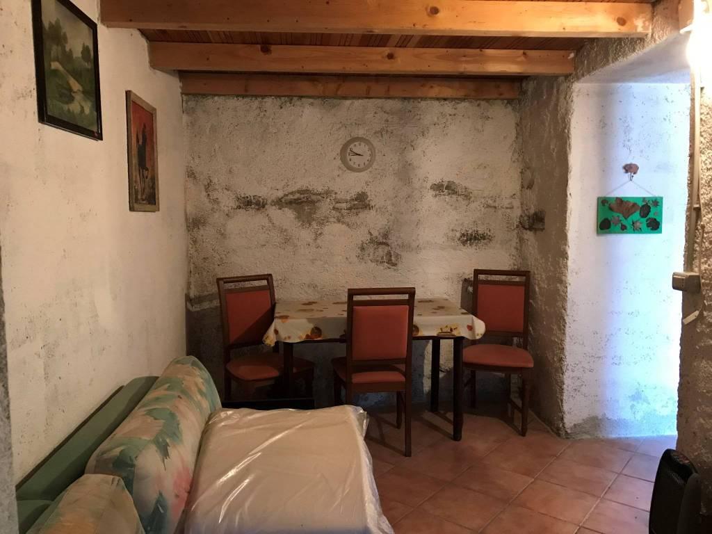 Soluzione Indipendente in vendita a Colorina, 3 locali, prezzo € 40.000 | PortaleAgenzieImmobiliari.it