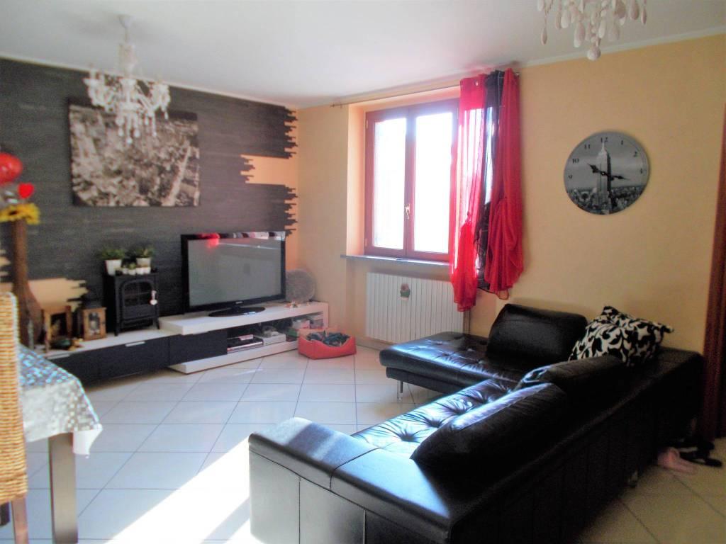 Appartamento in vendita a Borgarello, 3 locali, prezzo € 159.000 | CambioCasa.it