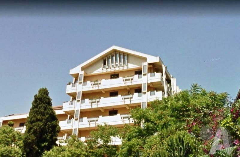 Appartamento in vendita a Messina, 4 locali, prezzo € 179.000 | CambioCasa.it