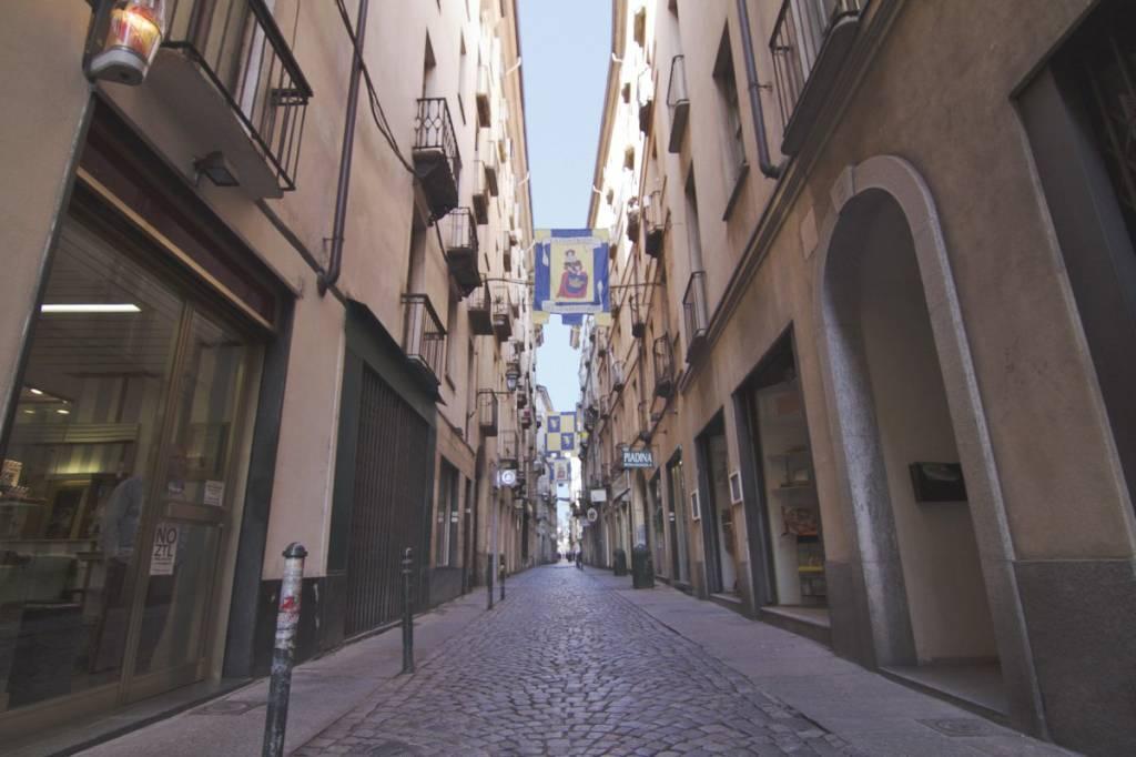 Foto 1 di Bilocale via Giuseppe Barbaroux, Torino (zona Centro)
