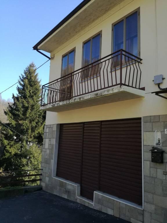 Foto 1 di Palazzo / Stabile Borgata Chiappero 11, Valgioie