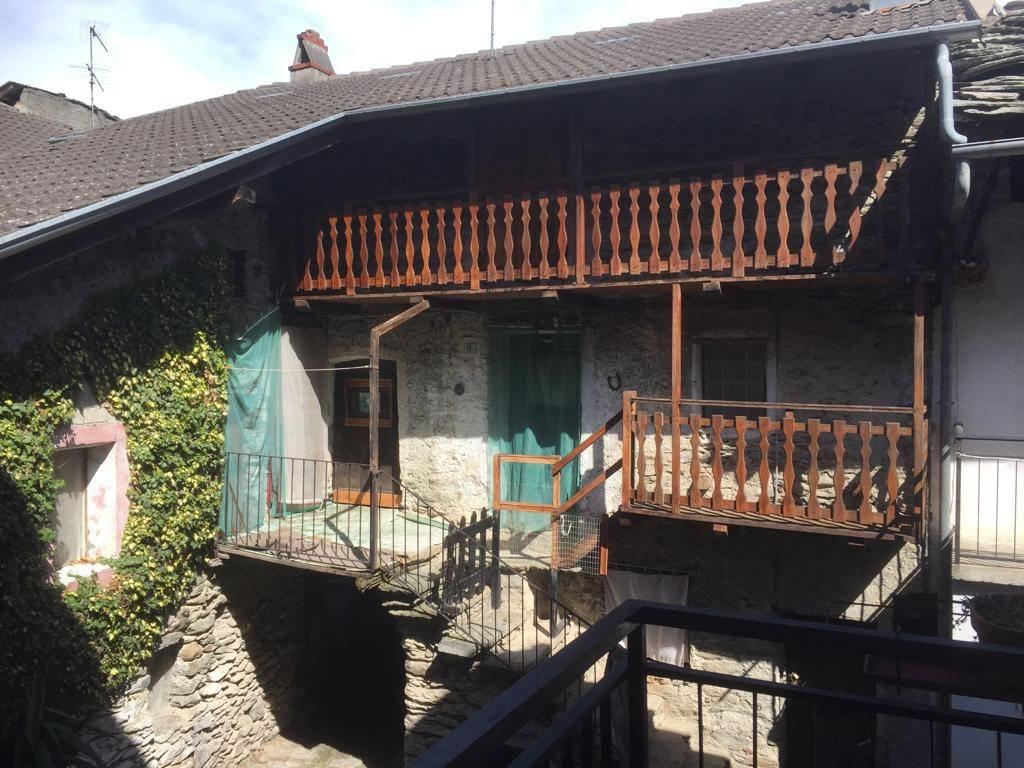 Foto 1 di Appartamento via Orsiera 13/f, Mattie