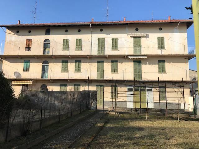 Soluzione Indipendente in vendita a Bellinzago Novarese, 9999 locali, prezzo € 150.000 | CambioCasa.it
