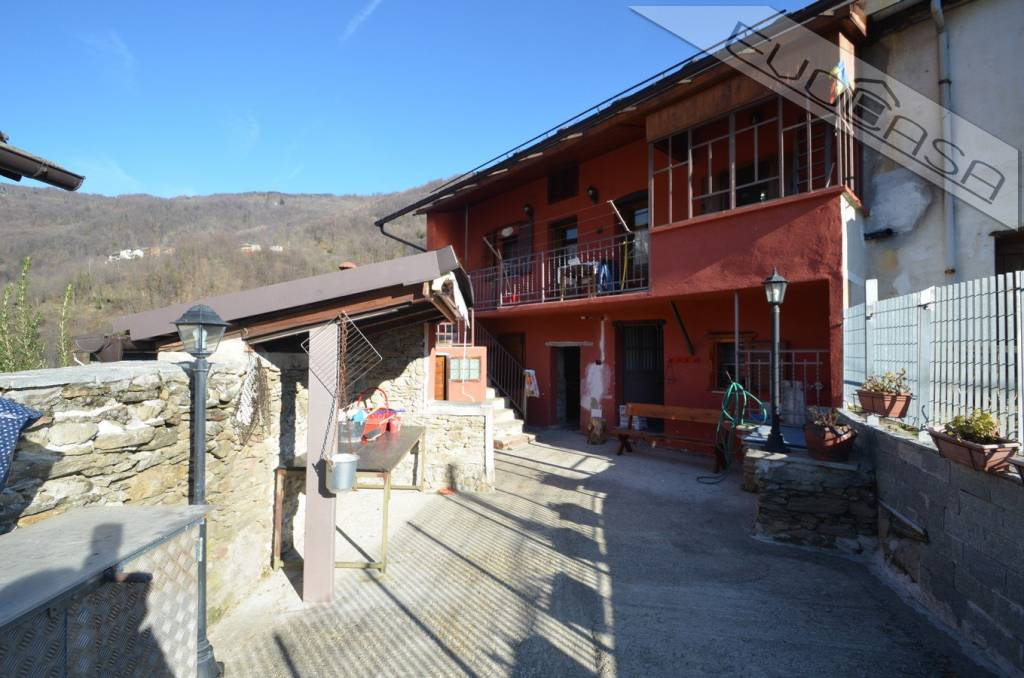 Foto 1 di Casa indipendente Borgata Ramate 8, Pramollo