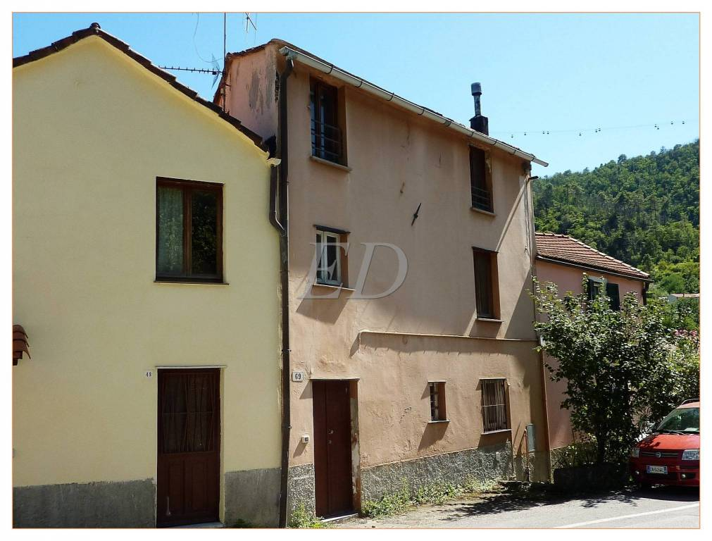 Foto 1 di Rustico / Casale Savona (zona Santuario)