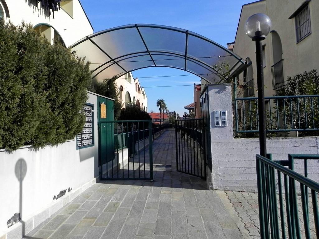 Foto 1 di Villetta a schiera via Giovanni Losa 47, Robassomero