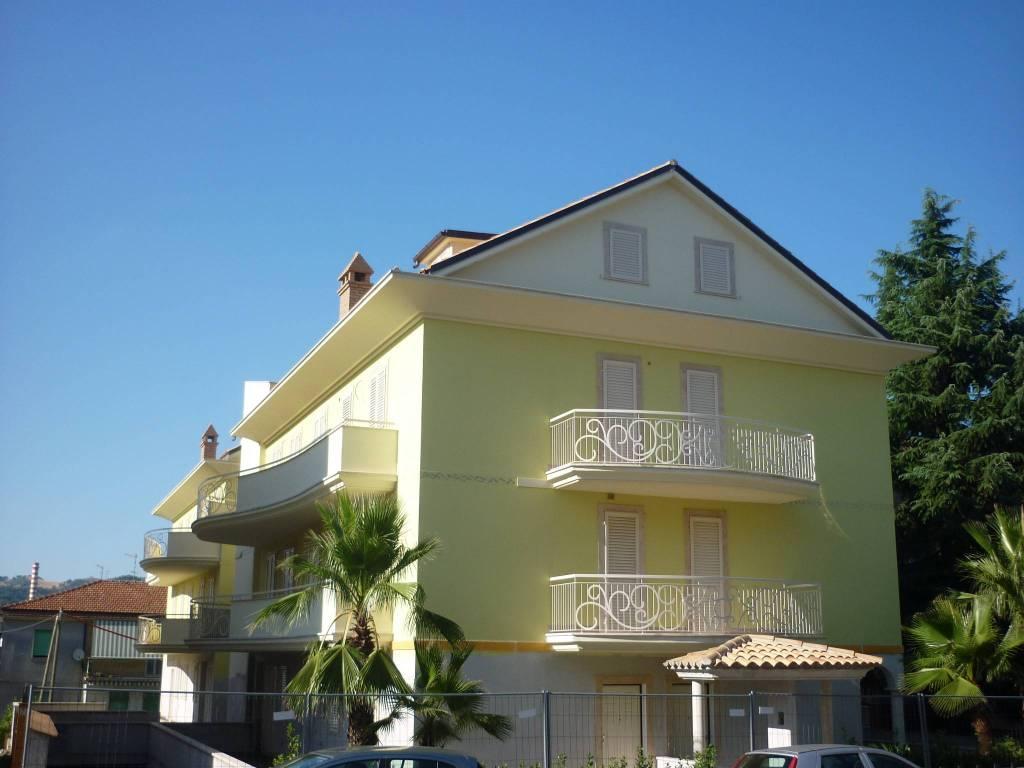 Foto 1 di Appartamento via Perugia 3, Ascoli Piceno