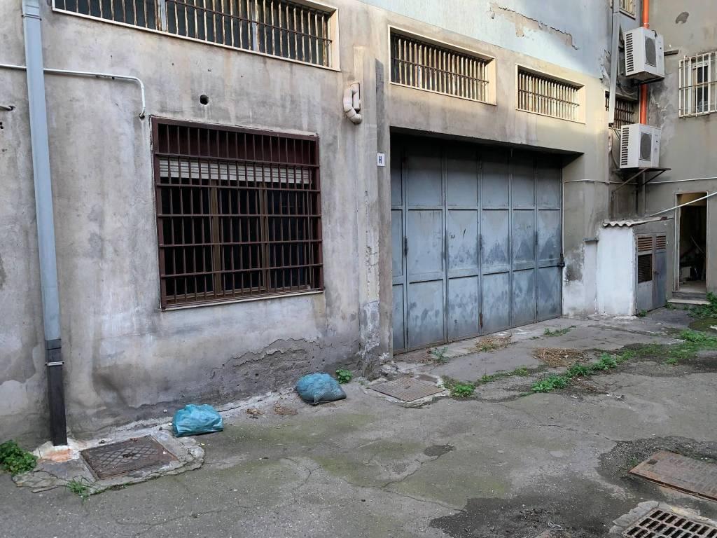 Magazzino in vendita a Catania, 6 locali, prezzo € 95.000 | CambioCasa.it