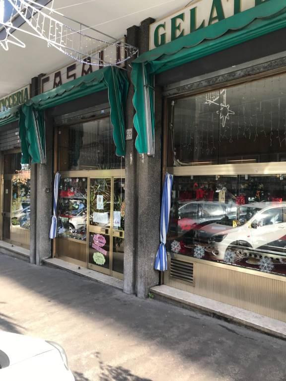 Attività / Licenza in vendita a Roma, 1 locali, zona Zona: 8 . Tiburtina, Colli Aniene, Pietrasanta, San Basilio, prezzo € 95.000   CambioCasa.it