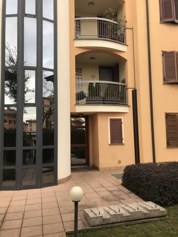 Appartamento in vendita a Inzago, 3 locali, prezzo € 249.000 | CambioCasa.it