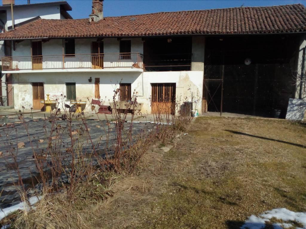 Foto 1 di Rustico / Casale Piobesi Torinese