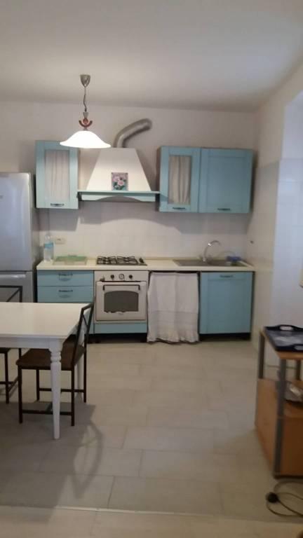 Appartamento in affitto a Cadegliano-Viconago, 2 locali, prezzo € 600 | CambioCasa.it