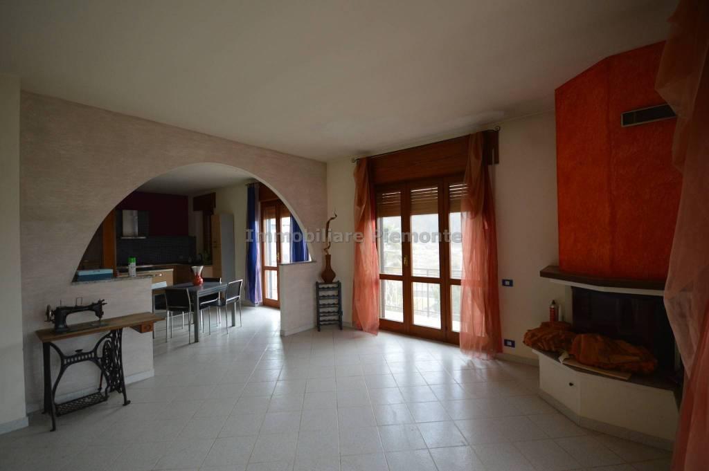 Appartamento in vendita a Grignasco, 3 locali, prezzo € 97.000 | PortaleAgenzieImmobiliari.it