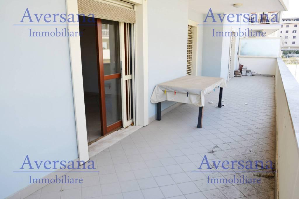 Parco Emini 2 Appartamento con Terrazzo