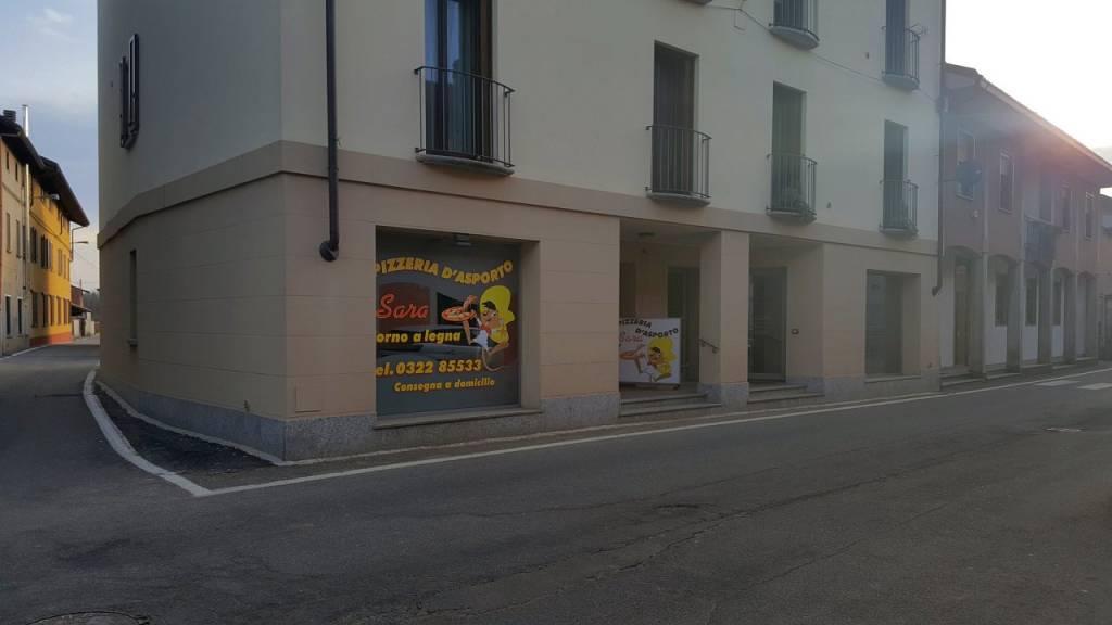 Ristorante / Pizzeria / Trattoria in vendita a Suno, 4 locali, prezzo € 60.000 | CambioCasa.it