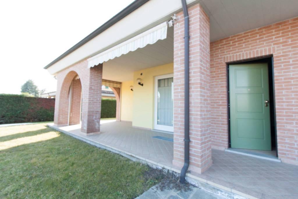 Villa in ottime condizioni in vendita Rif. 7733860