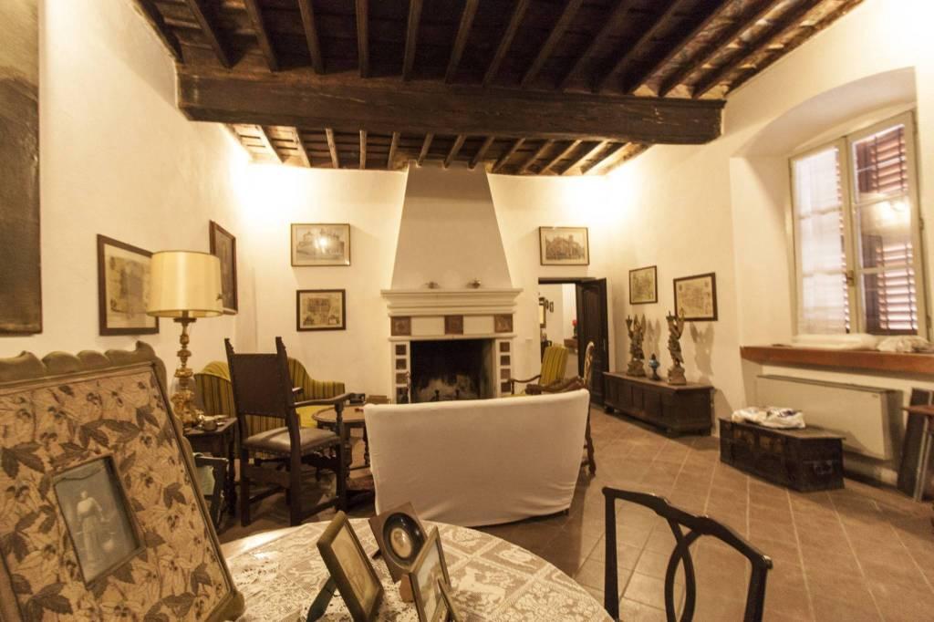 Foto 1 di Palazzo / Stabile via Vittorio Emanuele 39, Cherasco