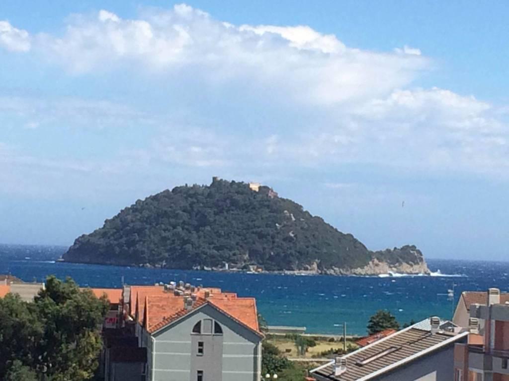 Foto 1 di Trilocale via Zara, Albenga