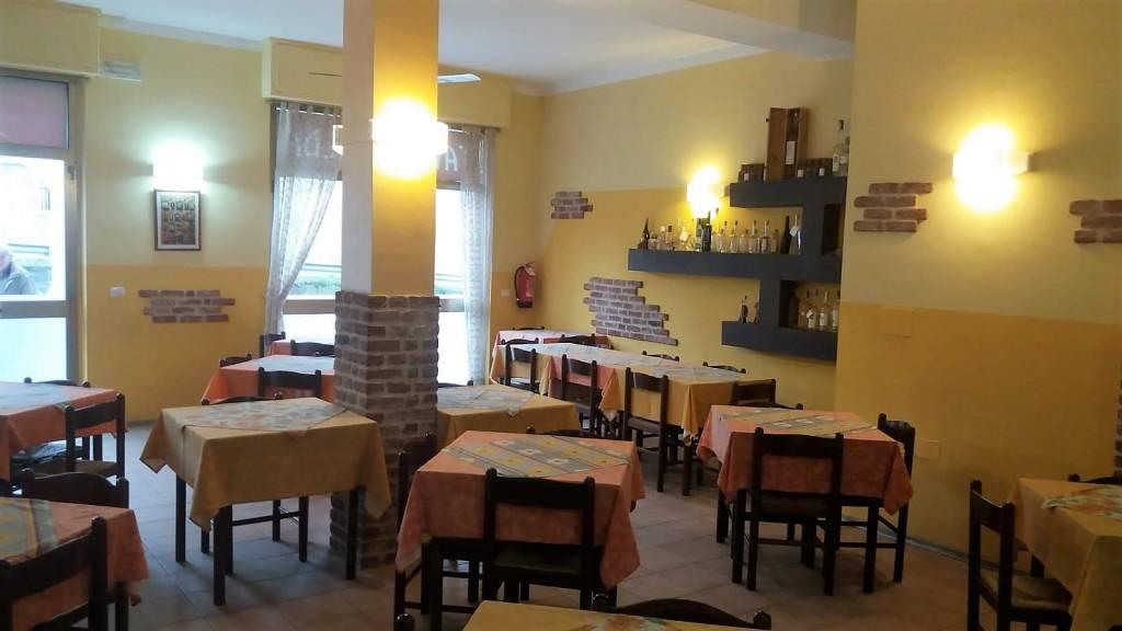 Bar in vendita a Costigliole d'Asti, 4 locali, prezzo € 60.000 | PortaleAgenzieImmobiliari.it
