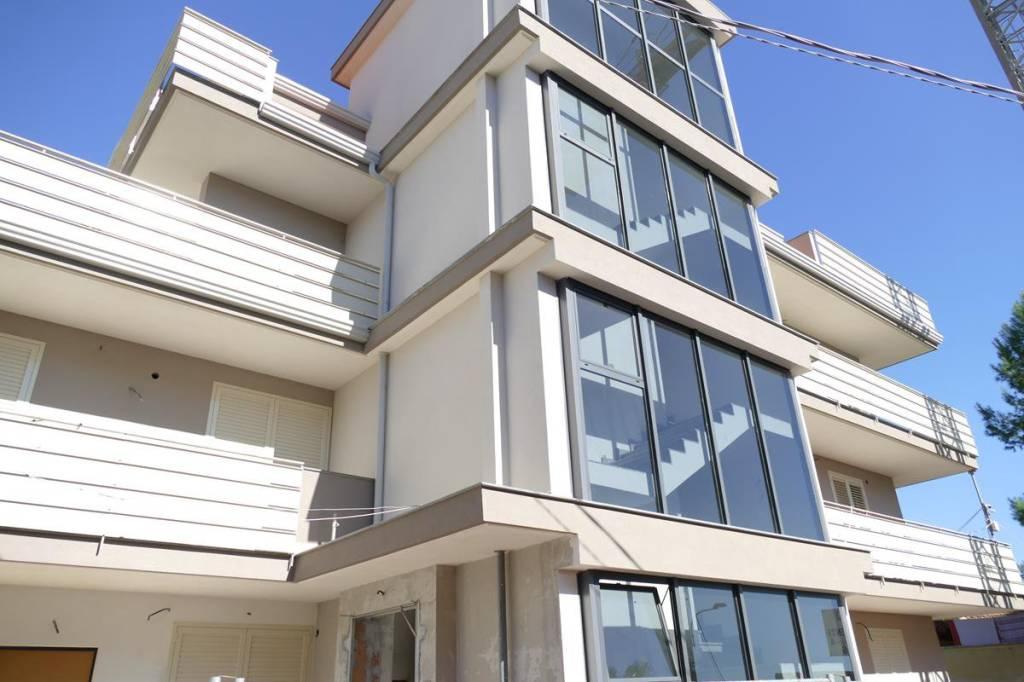 Appartamento in Vendita a Acireale Centro: 3 locali, 80 mq