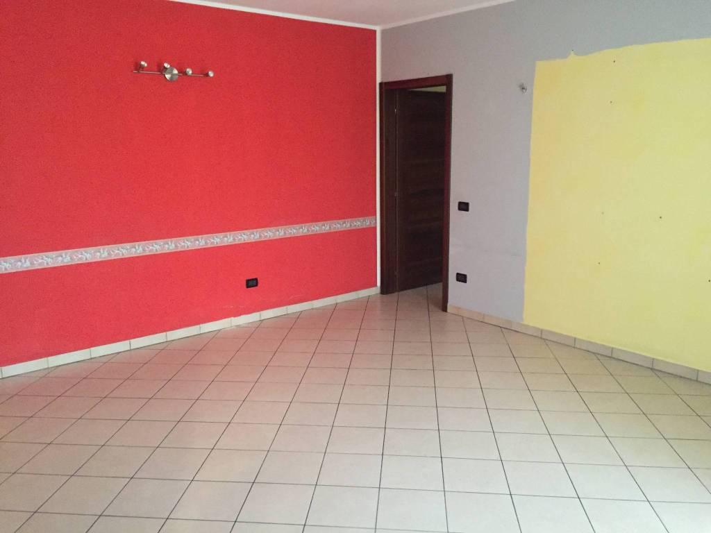 Appartamento in vendita a Viadana, 3 locali, prezzo € 93.000 | PortaleAgenzieImmobiliari.it
