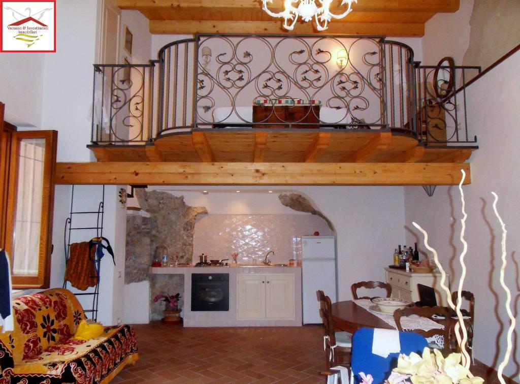 Appartamento in vendita a Maratea, 2 locali, prezzo € 100.000 | CambioCasa.it