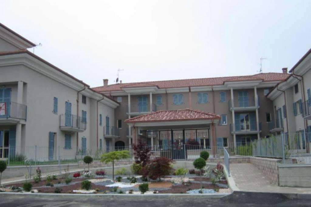 Appartamento in affitto a Cherasco, 2 locali, prezzo € 450 | PortaleAgenzieImmobiliari.it