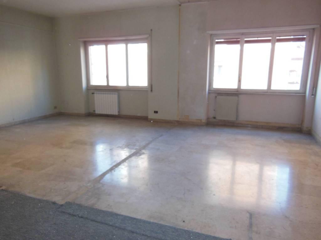Appartamento in vendita a Roma, 5 locali, zona Zona: 26 . Gregorio VII - Baldo degli Ubaldi, prezzo € 348.500 | CambioCasa.it
