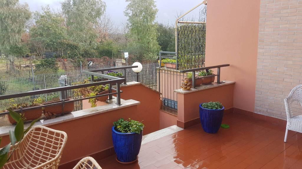 Appartamento in vendita a Roma, 4 locali, zona Zona: 33 . Quarto Casale, Labaro, Valle Muricana, Prima Porta, prezzo € 229.000 | CambioCasa.it