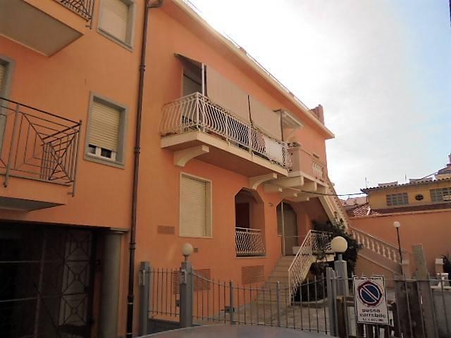Appartamento in vendita a Bordighera, 2 locali, Trattative riservate | PortaleAgenzieImmobiliari.it