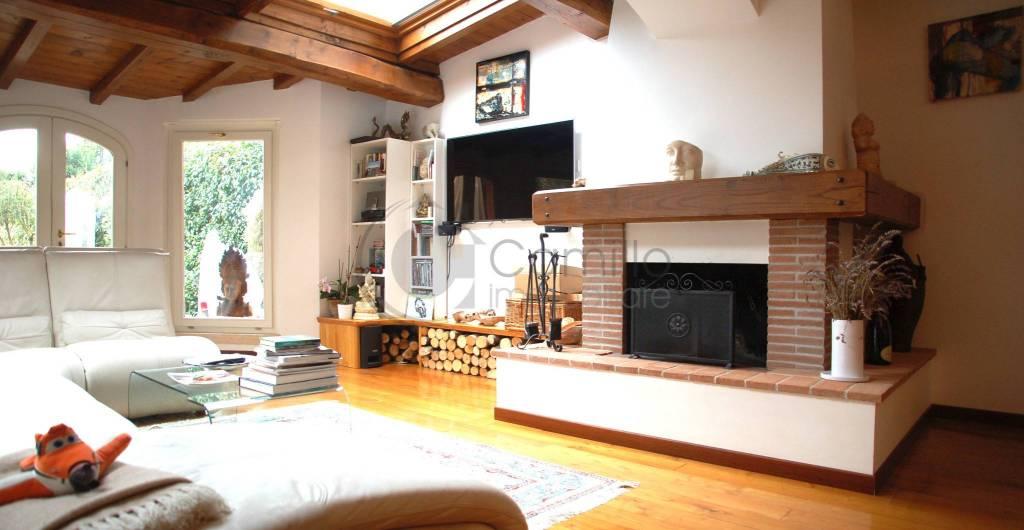 Villa a Schiera in vendita a Roma, 4 locali, zona Zona: 42 . Cassia - Olgiata, prezzo € 650.000 | CambioCasa.it