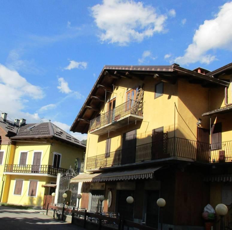 Attico / Mansarda in vendita a Bardonecchia, 4 locali, Trattative riservate | PortaleAgenzieImmobiliari.it