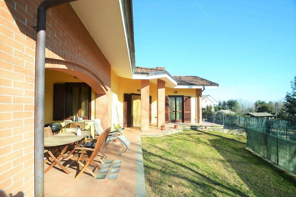 Foto 1 di Villa via Rossi, Cantalupa