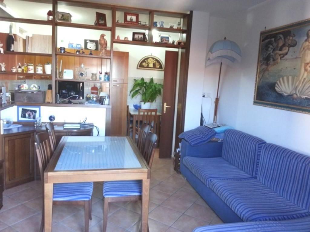 Appartamento in vendita a Bracciano, 3 locali, prezzo € 135.000 | PortaleAgenzieImmobiliari.it